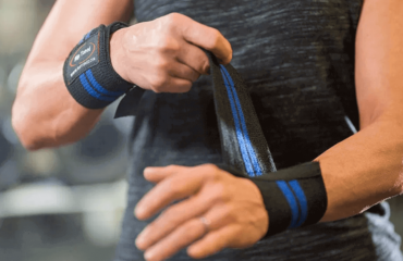 Best Wrist Wraps For CrossFit (Men & Women)