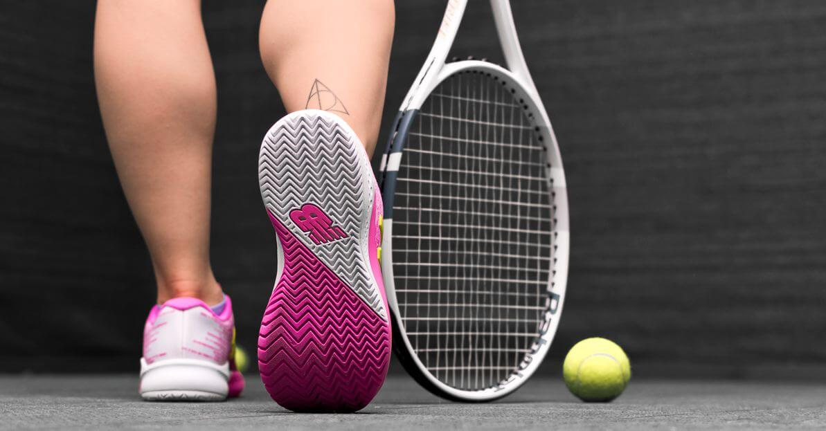 best womens tennis shoes for wide feet