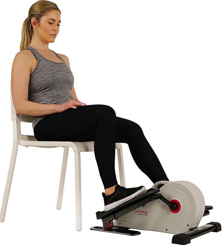 1) Sunny Health & Fitness Elliptical